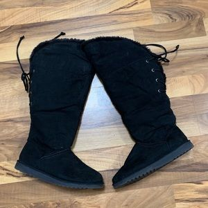 Black Knee High Lace Up Winter Boots
